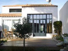 Agréable terrasse sur l'île de Ré #iledere #villa #farniente