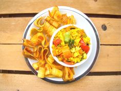 Tofu strapazzato con chips di platano all'aneto on http://www.unocookbook.com
