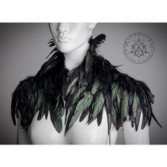 Crow capelet