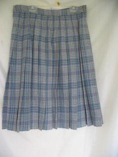 "Pendleton virgin wool plaid skirt women's waist 28"" light blue  pleated  vtg #Pendleton #Pleated"