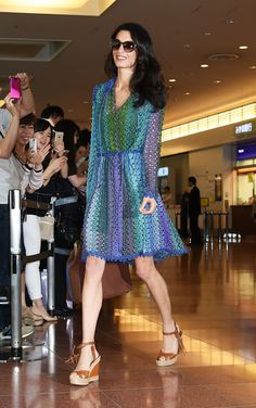The Best Celebrity Airport Shoes on Angelina Jolie Pitt, Victoria Beckham, and More