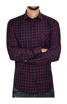 02f6b6a3de2b 3GUYS Ανδρικό καρό πουκάμισο σε κανονική γραμμή με τσέπη στο στήθος.Το  μοντέλο της φωτογραφίας έχει ύψος 1