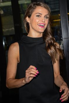 Pin for Later: Keri Russell's Most Stunning Snaps From 1999 to Now 2013 Keri made a stylish press appearance in August 2013 in NYC. Keri Russell Style, Mary Louise Parker, Hot Pink Lips, Bubblegum Pink, Beautiful Outfits, Beautiful Clothes, American Actress, Spring Summer Fashion, Style Icons