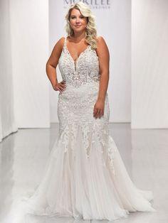 Morilee Bethany Mori Lee Bridal, Mori Lee Wedding Dress, Strapless Lace Wedding Dress, Plus Wedding Dresses, Lace Mermaid Wedding Dress, Bridal Dresses, Bridal Fashion Week, Bridal Style, Hugs