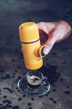 Koffie met 'n klap van @Lingo_Coffee op #MooiLeefstyl #coffeeoftheday #koppiekoffie #coffeegram #koffie #coffeeholic #instacoffee #instagramanet #coffeeaddict #coffeeshop #coffeecup #coffeelover #coffeedate  #coffeemug #coffeelovers #coffeebreak #coffeebean #coffeetime #caffeine #coffeehouse #coffeelife #coffeeporn #proudlysouthafrican #coffee #coffeelove #coffeeart