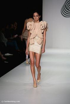 RAFW SS 08/09 - Protégé Collection - Sandra Backlund by Fashionising.com, via Flickr