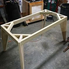 Woodworking Projects Workbench Wood and concrete table top Woodworking Furniture, Pallet Furniture, Furniture Projects, Furniture Plans, Woodworking Projects, Woodworking Plans, Woodworking Shop, Popular Woodworking, Woodworking Magazines