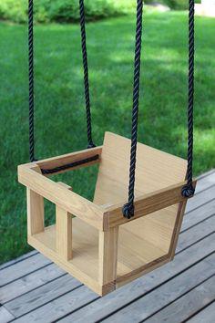 DIY – taaperon puukeinu Wooden Baby Swing, Wooden Swings, Outdoor Baby Swing, Backyard Kitchen, Outdoor Kitchen Design, Diy Design, Bois Diy, Diy Bebe, Kids Swing