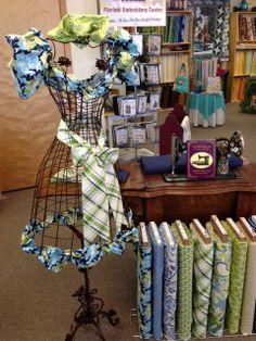 Vintage Verona - awesome fabric display!