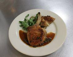Sautéed Center-cut Pork Chop with Green Peppercorn Sauce (Côte de porc, sauce au poivre vert) -- Level 3