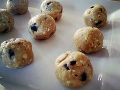 Peanut butter protein balls heck YES!!! kaytee123.isagenix.com resource-center recipe-pb-protein-balls