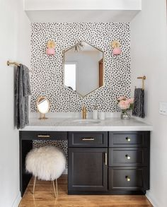 Home Decor Bedroom We love this pop of pink to this otherwise monochromatic bathroom color. When added our Loa sconces to their design, they Casa Hygge, Bathroom Inspiration, Girl Bathroom Ideas, Budget Bathroom, Bathroom Designs, Pink Bathroom Decor, Navy Bathroom, Neutral Bathroom, Bathroom Inspo