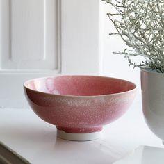 Här hittar du Kählers Unico-keramikskål – med vacker, tung glasyr.