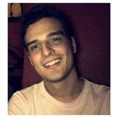 Esa sonrisa!!!  #lasonrisamashermosa 《Quel sorriso  #ilsorrisopiubello 》#eduardoperez #actor #modelo #colombia #italia