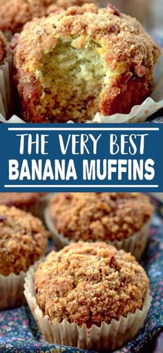 BANANA MUFFINS WITH CRUMB TOPPING ARE MOIST, SOFT AND FULL OF BANANA FLAVOR WITH A CRUNCHY DELICIOUS TOPPING THAT PUTS THIS BANANA MUFFIN OVER THE TOP! YOU'RE GOING TO LOVE EVERY SINGLE CRUMB OF THIS DELICIOUS MUFFIN! Pavlova, Dessert Simple, Banana Crumble Muffins, Healthy Banana Muffins, Banana Muffins With Yogurt, Banaba Muffins, Best Banana Muffins Ever, Banana Breakfast Muffins, Banana Crumb Cake