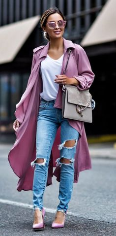 Love this outfit, but not a fan of the trench coat, maybe add a cardigan instead ❤
