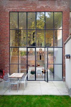 New exterior window frame decor 33 ideas Exterior Design, Interior And Exterior, Future House, My House, Window Frame Decor, House Extension Design, House Extensions, Window Design, House Goals