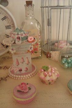 BOBINA Y CUP CAKES