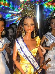SRTA. Doll Colombia