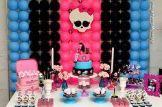blog_amarelo_ouro_maes_festa_infantil_monster_high9 Festa Monster High, Monster High Birthday, Monster High Party, Spa Birthday Parties, Baby Birthday, Birthday Ideas, Halloween Kids, Halloween Party, Trunk Or Treat