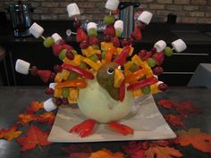 Fruit kabob turkey!  I had seen a mother do this for preschool snack...super cute!