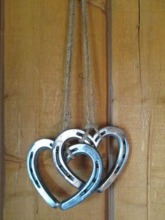 Hanging Horseshoe Hearts - Horseshoe Art - Horseshoe Heart - Wall Art - Wedding gift - Bridal Gift - Heart Wall Art - Heart Wall Decor - Show your love with these 2 small hearts that have been welded together and hung with twine. Welding Crafts, Welding Art Projects, Metal Projects, Metal Crafts, Welding Ideas, Blacksmith Projects, Diy Projects, Project Ideas, Heart Wall Decor