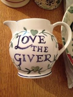 Love The Giver 0.5 Pint Jug (Past Times Exclusive) 1995 (Discontinued)