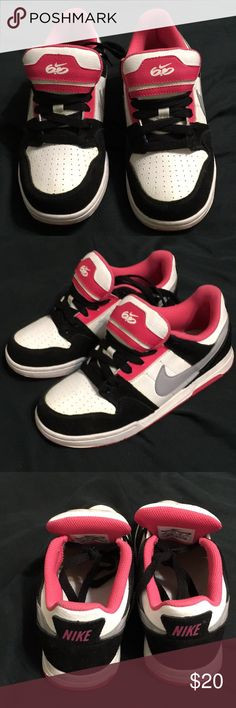 7b54e5659fe Lightly used looks new Nike 6.0 sz 4Y very nice Lightly used black and  white and