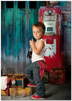 Trendy photography poses for kids boys toddlers sweets 46 ideas Little Boy Photography, Photography Props Kids, Toddler Photography, Photography Poses, Indoor Photography, Boy Pictures, Boy Photos, Cute Photos, Boy Photo Shoot
