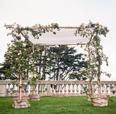 Glamorous Chuppah: http://www.stylemepretty.com/2015/03/18/glamorous-san-franscisco-wedding-at-the-legion-of-honor/ | Photography: Gia Canali - http://giacanali.com/wordpress/