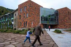Colegio Dilijan abrió con 96 estudiantes