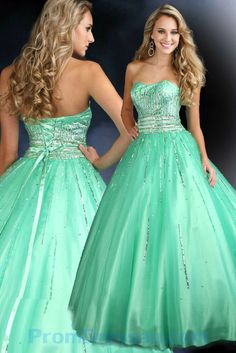 Look beautiful in 2012 Sparkle prom gown This ballgown is available in mint and has a lace-up back. Strapless Homecoming Dresses, Prom Dress 2013, Ball Gowns Prom, Tulle Prom Dress, Ball Dresses, Evening Dresses, Graduation Dresses, Dresses 2013, Gorgeous Prom Dresses