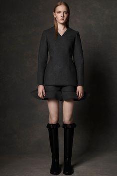 J.W.Anderson Pre-Fall 2013 Fashion Show - Maja Salamon (Next)