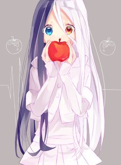 Anime heterochromia / odd eyes blue orange (snow white)