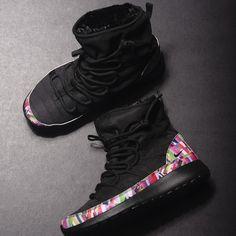 Nike Roshe One Hi Print GS (Black) $90