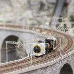 El coche de Google dando un paseo por Miniatur Wunderland