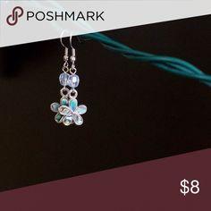 Flower earrings Pretty flower earrings. All earrings cleaned before shipping Jewelry Earrings