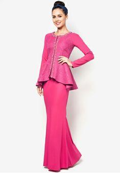 Jacquard Motif Peplum Baju Kurung #zalora Muslim Fashion, Modest Fashion, Hijab Fashion, Fashion Dresses, Unique Dresses, Beautiful Dresses, Long Dresses, Kebaya Dress, Ethnic Dress