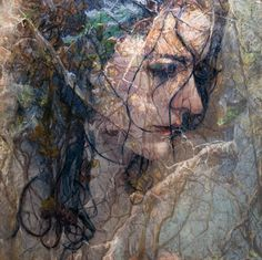 S A M S A R A - Oil paintings by Alyssa Monks I like this painting because of the texture and how the layers give you multiple things to look at.