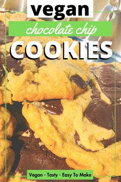 Get in my belly! Is there anything better in life than vegan chocolate chip cookies? These vegan snacks are easy to make and delicious. Vegan Chocolate Chip Cookie Recipe, Vegan Chocolate Chip Cookies, Dairy Free Chocolate, Vegan Snacks, Vegan Recipes, Vegan Transition, Plant Based Meal Planning, Cant Stop Eating, Base Foods