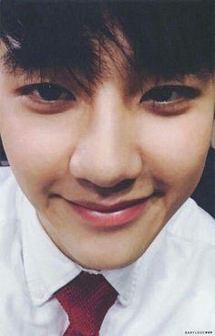 Little dork 😂 Baekhyun Chanyeol, Chansoo, Chanbaek, Exo Cartoon, Exo 2014, Luhan And Kris, Kai, Exo Official, Exo Lockscreen