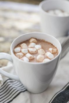 This recipe is perfect for when you need a change from regular old hot chocolate. Mexican Hot Chocolate is creamy, sweet and spicy, and tastes absolutely divine! Grab some hot chocolate mix, spice it up with cinnamon and nutmeg and enjoy with warm and comforting drink! #hotchocolate #recipe Best Chocolate Desserts, Mexican Hot Chocolate, Hot Chocolate Mix, Best Christmas Desserts, Winter Desserts, Fun Desserts, Christmas Treats, Impressive Desserts, Best Dessert Recipes