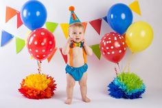 Circus themed Boy cake smash outfit ! Not only is it a perfect cake smash outfit, it is also great for milestone photo shoots. The tie is also great for a wedding, festive event, holiday or for your Sunday best. Your little man will look perfect in this set!