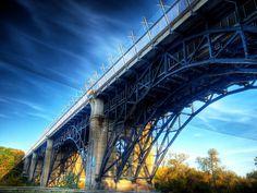 Prince Edward Viaduct, Toronto jigsaw puzzle in Bridges puzzles on TheJigsawPuzzles.com