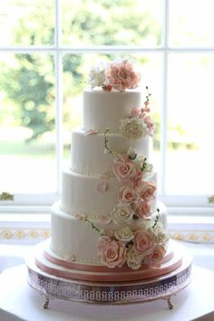 Fl Wedding Cake Decorations Ideas At The Fairytale Pretty Picture In Pink