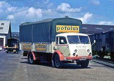En 1950, les ingénieurs Renault optent pour un camion à cabine avancée, équipé d'un moteur horizontal SOUS le châssis. L'idée est originale, séduisante et unique en France : à l'époque, le seul autre constructeur de véhicules utilitaires ayant fait le pari du moteur à plat sous le châssis est l'allemand Büssing. Le moteur repoussé à …