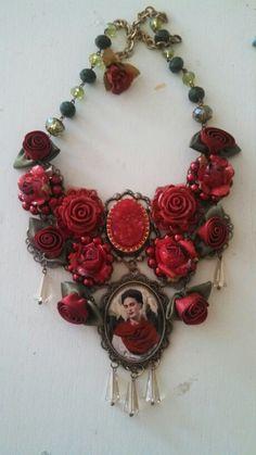 Collar Frida kahlo 044 333 508 58 55 #diseñado por deseos divinos Guadalajara