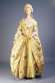Image of 1983.001.0009 ab, Dress