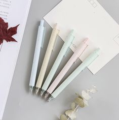 Enjoy everyday note taking with this cute cute black gel ink pen. Kawaii Pens, Pen Shop, Gel Ink Pens, Pen Case, Bullet Journal Inspiration, Ink Color, Pink Aesthetic, Stationery, Pastel Pink