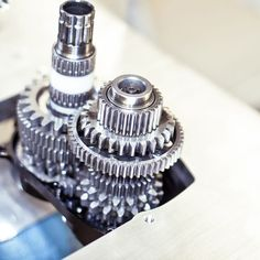 The Pinion P1.18 bicycle transmission is constructed as a spur gear with a two parallel partial...